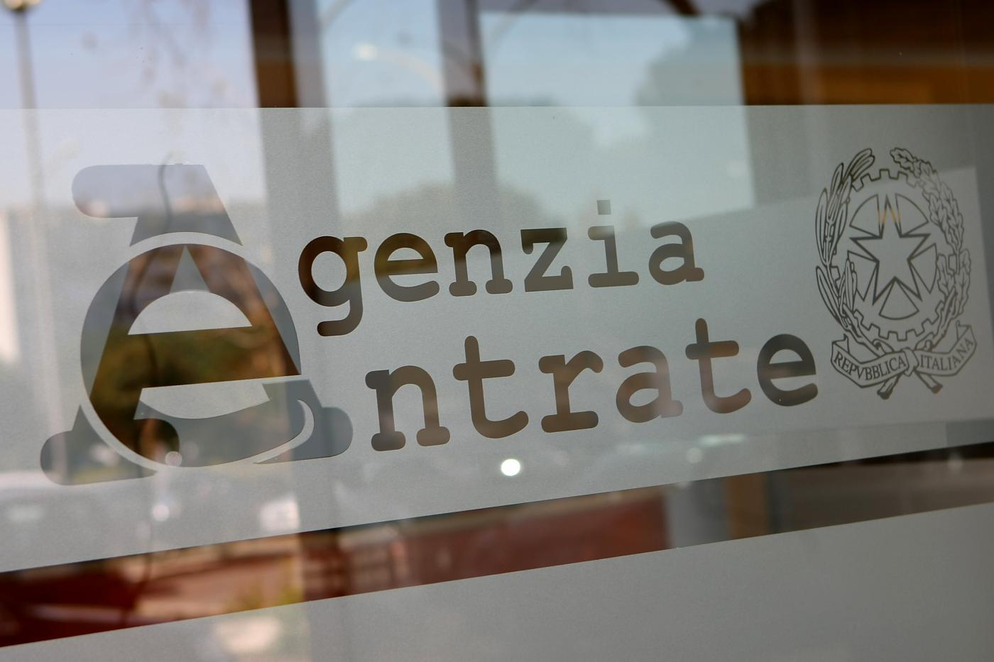 Dl Sostegni: da Agenzia delle Entrate una guida per le richieste di contributo